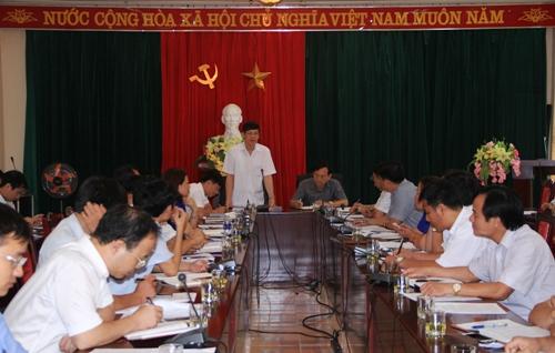 Chủ tịch UBND tỉnh Nguyễn Đình Xứng làm việc tại huyện Bá Thước