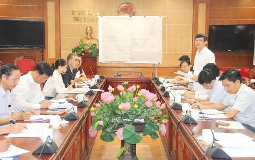 Chủ tịch UBND tỉnh Nguyễn Đình Xứng tiếp và làm việc với Công ty TNHH BS Heidelberg Việt Nam.