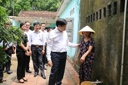 Thứ trưởng Bộ Y tế làm việc với tỉnh Thanh Hóa về việc phòng, chống dịch Sốt xuất huyết Dengue.
