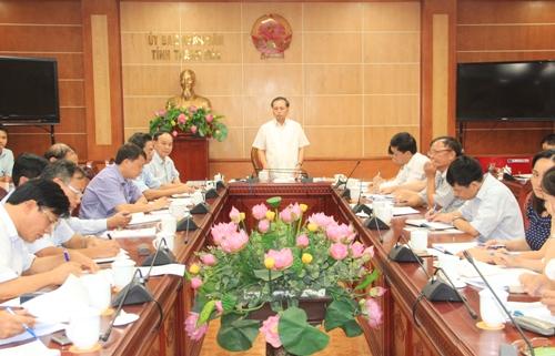Phó Chủ tịch Thường trực UBND tỉnh Nguyễn Đức Quyền làm việc với Sở Nông nghiệp và Phát triển Nông thôn.