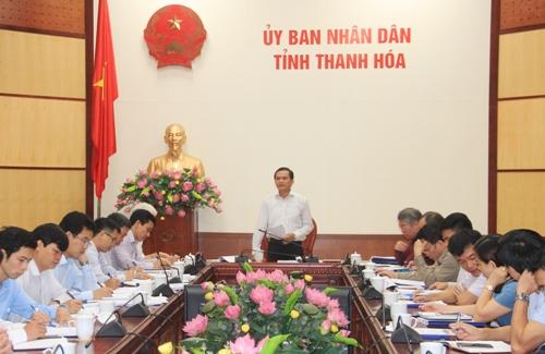 Phó Chủ tịch UBND tỉnh Ngô Văn Tuấn họp nghe 2 báo cáo công nhận đô thị của huyện Thọ Xuân.