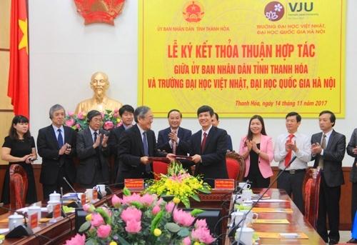 Lễ ký kết thỏa thuận hợp tác giữa UBND tỉnh Thanh Hóa với Trường Đại học Việt Nhật - Đại học Quốc gia Hà Nội.